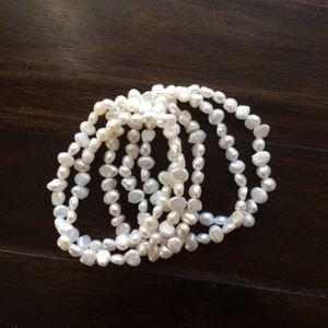Jewelry - Genuine Pearl Pull-On 5 Bracelet Set